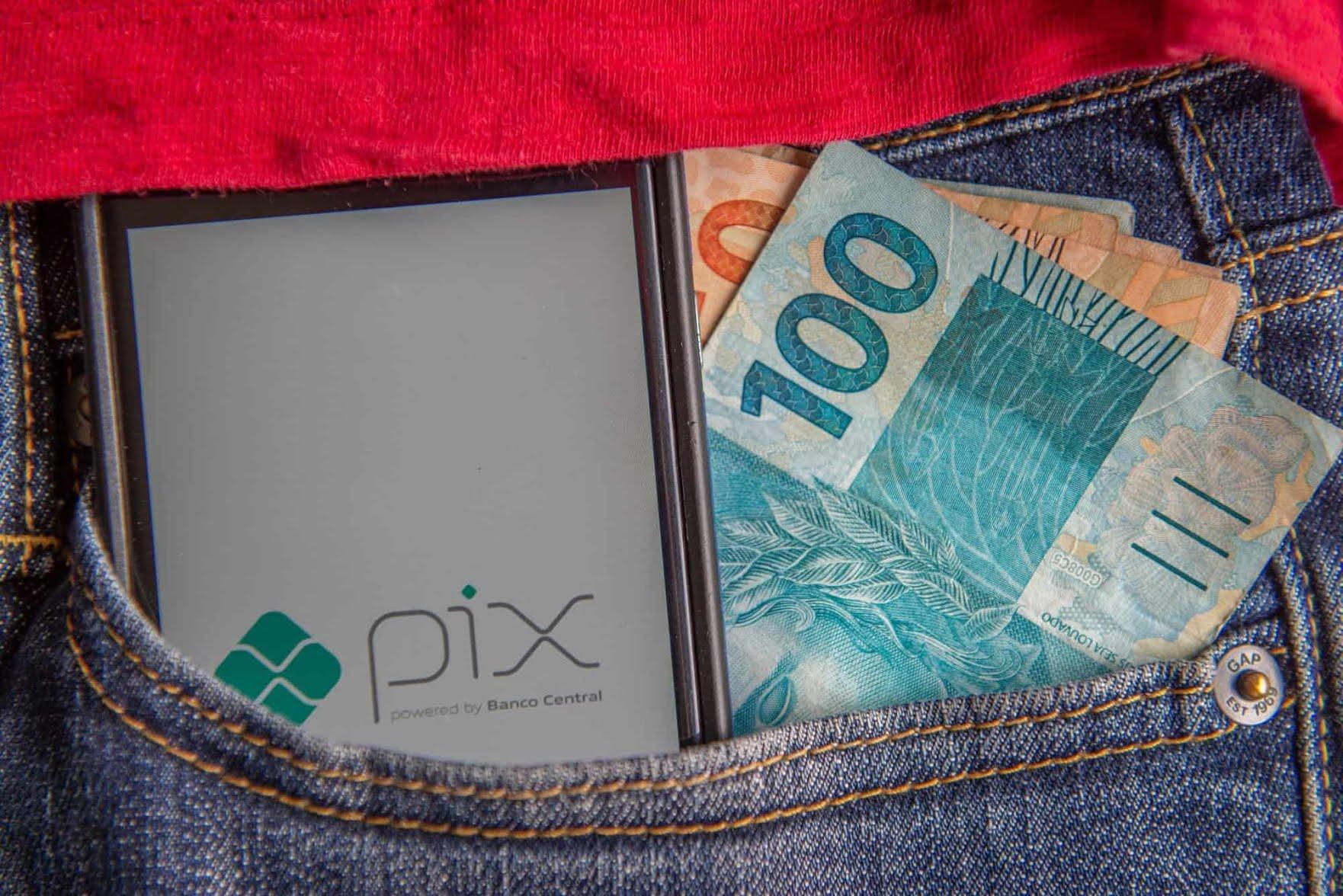 Golpes via PIX se popularizam e recuperar o dinheiro fica mais difícil